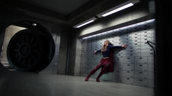 Supergirl: Season 3: Triggers